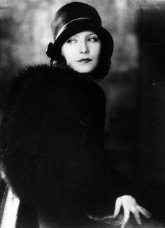 birdcagewalk: Greta Garbo, 1927.