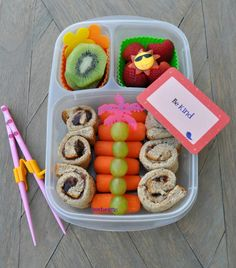Almond butter & jam sushi rollups with carrots and fruits