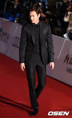 """「PHOTO@ソウル」「第36回青竜映画賞」レッドカーペットイベント開催!""""美しい夜です""""   K-POP、韓国芸能ニュース、取材レポートならコレポ!"""