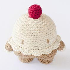 MADE TO ORDER: Vanilla Cupcake Pillow