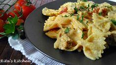 Pasta con salsiccia, pomodorini e crema di ricotta allo zafferano