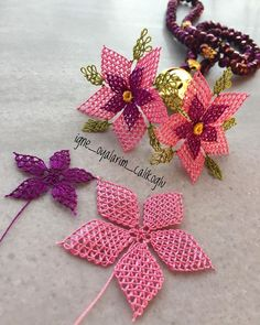 Bead Jewellery, Jewelry, Tatting, Decoupage, Diy And Crafts, Crochet Earrings, Beads, Design, Hand Embroidery Stitches
