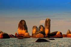 StoneRow. Location : Belitung Island - Bangka Belitung - South Sumatra
