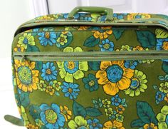 Funky 60s Vintage Green Floral Suitcase in Great Condition! - http://oleantravel.com/funky-60s-vintage-green-floral-suitcase-in-great-condition