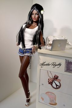 fuckyeahdollsofcolor:   Rayna, Rare Jewel by Steph-Royalty Doll