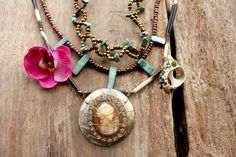 ROMANTIC DIVA - Bohemian gypsy necklace in Brown, Cream, Gold with wired Shell Cameo strass pendant - Bohemian jewelry & African jewelry