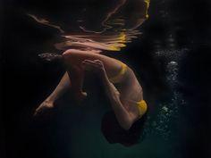 Super Realistic Underwater Paintings by Matt Story - UltraLinx
