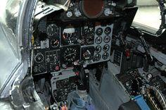 f4 phantom fighter cockpit picture