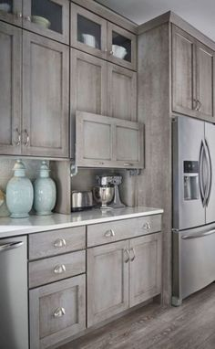 22 Rustic Farmhouse Kitchen Cabinet Makeover Ideas