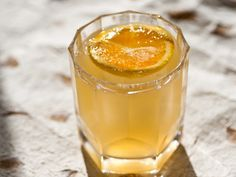Bastard Time for a Drink: Suffering Bastard.how to use the leftover mint julep bourbon!Time for a Drink: Suffering Bastard.how to use the leftover mint julep bourbon! Bourbon Cocktails, Whiskey Cocktails, Classic Cocktails, Cocktail Drinks, Cocktail Recipes, Drink Recipes, Manly Cocktails, Ginger Ale Cocktail, Bourbon Recipes