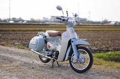 Small Motorcycles, Honda Cub, Mini Bike, Camera Photography, Cubs, Motorbikes, Vehicles, Image, Random