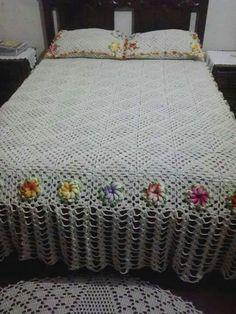 Crochet Bedspread, Love Crochet, Bed Spreads, Comforters, Blanket, Crochet Bedspread Pattern, Afghan Crochet Patterns, Crochet Decoration, Crocheted Afghans