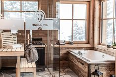 Erholen Sie sich in unserer gemütlichen Sauna Microwave Grill, Sauna, Clawfoot Bathtub, Property Management, Dining Area, Bungalow, Luxury, Bedroom, Mountain