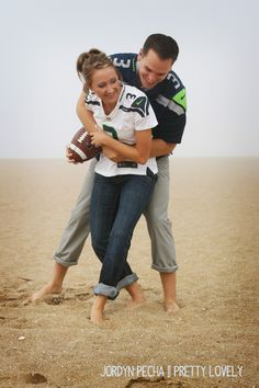 R & MB Engagement Photos, Seattle Seahawk Engagement pictures — Pretty Lovely