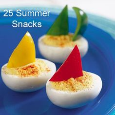 Party snacks for adults finger foods deviled eggs ideas Cute Food, Good Food, Yummy Food, Egg Boats, Beach Meals, Beach Foods, Snacks Für Party, Party Appetizers, Luau Party