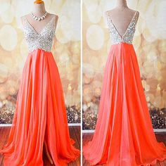 We love this glitter top dress :) What's your prom style? Show us on Instagram or Twitter!