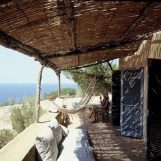 beach bungalo