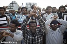 African Asylum seekers protest, Holot detention center, Israel, 17.2.2014