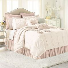 I think I am going to update my room with this Lauren Conrad bedding.