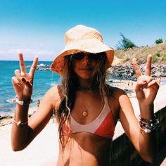 Travel lifestyle travel lifestyle influencers influencer beach sea beach girl beach day world traveler swimwear swimsuit swim bikini one piece Summer Sun, Summer Of Love, Summer Vibes, Summer Beach, Beach Pink, Beach Bum, Girl Beach, Beach Girl Style, Summer Pictures