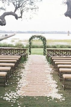 Wedding ceremony ideas outdoor inspiration New ideas Wedding Aisles, Wedding Ceremony Ideas, Wedding Aisle Outdoor, Aisle Runner Wedding, Outdoor Wedding Decorations, Wedding Centerpieces, Boho Wedding, Rustic Wedding, Wedding Venues