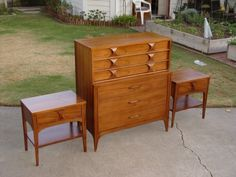 It is in good condition. Mid Century Modern Dresser, Mid Century Decor, Mid Century Modern Furniture, Vintage Style, Vintage Fashion, End Tables, Filing Cabinet, Nightstand, Mid-century Modern