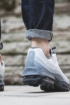 Nike Air Max 95 'Stealth Wolf'