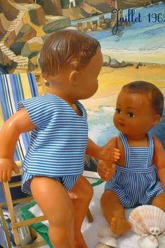 Modes & Travaux, en Juillet... (1ère partie) Dora, Doll Display, Bear Doll, Doll Tutorial, Toy Boxes, Antique Dolls, Doll Patterns, Vignettes, Baby Dolls