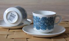 Raija Uosikkinen | KAARINA | Arabia Finland Coffee Cups, Tea Cups, Kitchenware, Tableware, Lassi, Porcelain Mugs, Marimekko, Scandinavian Style, Finland