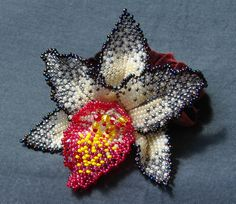 Beaded orchid with good tutorial