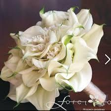 Calla Lily Composite Bouquet using mini calla lilies Calla Lily Bouquet, Hand Bouquet, Cascade Bouquet, Calla Lillies, Succulent Bouquet, Rose Bouquet, Bride Bouquets, Floral Bouquets, Floral Wedding