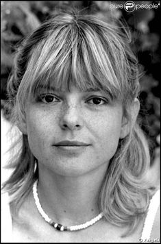 France Gall France Gall, French Pop, Star Francaise, Blonde Bangs, Eurovision Songs, Sixties Fashion, French Actress, Keith Richards, Lady Diana