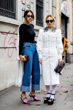 The Color Pink Is Still Trending, According to Street Style at Milan Fashion Week - Fashionista Milan Fashion Week Street Style, Street Style 2018, Milano Fashion Week, Autumn Street Style, Cool Street Fashion, Street Style Looks, Street Chic, Paris Fashion, High Fashion