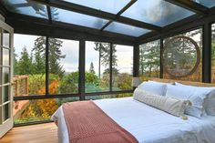 Oregon Camping, Oregon Travel, Lakeside Cottage, When You Sleep, Stay Overnight, River House, Loft Spaces, Ceiling Windows, Pent House