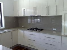I like the grey splashback.