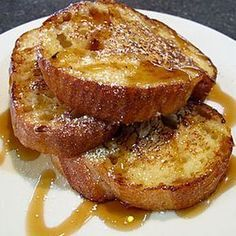Once you try this recipe, you'll know it's the Best French Toast Ever! V… Once you try this recipe, you'll know it's the Best French Toast Ever! Very easy to prepare with amazing results, making it a family favorite! Crockpot French Toast, Oven French Toast, Perfect French Toast, Savoury French Toast, Banana French Toast, Make French Toast, Cinnamon French Toast, French Toast Casserole, Breakfast Casserole
