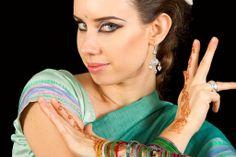 Myam Claudia Cassotti, la nostra fantastica insegnante di Bollywood dance, ogni mercoledi sera alle 21.30 a Spazio Aries! http://www.spazioaries.it/Upload/DynaPages/bollywood.php