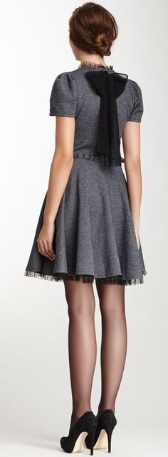 305 Cute dress for the holidays