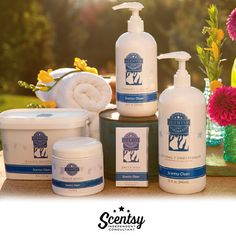 From the purple hills of Provence to a balmy island paradise — exclusive, high-efficiency formulas clean, condition and scent clothes for a remarkable sensory experience that extends far beyond your laundry room.