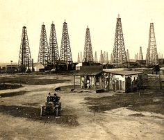 The Spindletop Oil Boom ... where Texaco and Gult Oil began ... near Beaumont