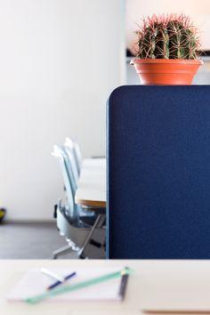 Cascando's Pillow space, space divider, coat hooks, coat hangers, acoustic solution, hybrid furniture. office design, interior inspiration, multifunctional design, by Robert bronwasser