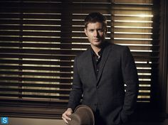 Photos - Supernatural - Season 9 - Cast Promotional Photos - 001  OMG love the jacket and the hat!