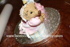 Mrs Tiggy-Winkle - Cake by Zoe's Fancy Cakes