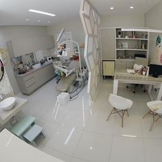 Clinic Interior Design, Spa Interior, Clinic Design, Doctors Office Decor, Dental Office Decor, Office Art, Office Ideas, Spa Room Ideas Estheticians, Dental Cabinet