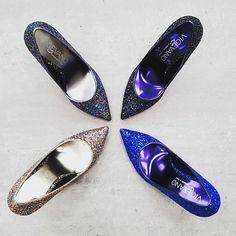 Glitter & Glitter ❤❤ #vigevanoshoes #calzaturevigevano #vigevano #shoes #christmasshopping #winter #wintercollection #autumnwinter #cool #fashion #fashionshoes #glitter #multicolor #taccoepunta #tacco10 #taccospillo @vigevanoshoes