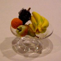 Handblown Footed Compote Filled with Fruit by Phil Grenyer Miniature Kitchen, Hand Blown Glass, Dollhouse Miniatures, Family Room, Fruit, Kitchens, Laundry, Food, Meal