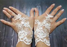 Gratuit expédition White Wedding gants, gants de dentelle de mariée, mitaines, gants de fée de mariage, Bridal brassard