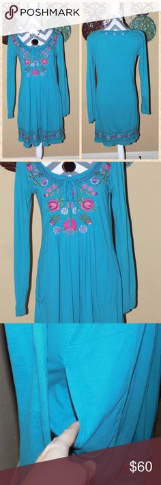 Johnny Was JWLA Blue Embroidered LS Dress S FALL UP for consideration is a Johnny Was embroidered long sleeve dress. Size small.  This dress has pockets so comfy and cute.  100% cotton.  No stains no holes there is some slight wash wear but tons of life left.  Smoke free home. Johnny Was Dresses Long Sleeve