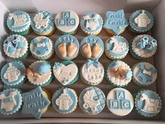 Cupcakes baby shower boy fondant ideas for 2019 - Cupcake Baby Shower Ideen Baby Shower Cupcake Cake, Baby Shower Cupcakes For Boy, Torta Baby Shower, Cupcakes For Boys, Baby Shower Cookies, Cupcake Cakes, Blue Cupcakes, Baby Shower Biscuits, Shower Baby