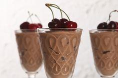 Γιαούρτι σοκολάτας με κεράσια Death By Chocolate, Cherry, Fruit, Cooking, Desserts, Recipes, Food, Puddings, Dessert Ideas